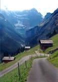 Eine kleine Straße zum Paradies Stockbild