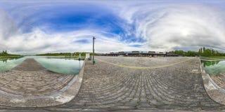 Eine kugelförmige 360-Grad-nahtlose Panoramaansicht in equirectangula Lizenzfreies Stockfoto