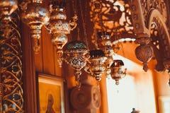 Eine Lampe in der orthodoxen Kirche Lizenzfreies Stockbild