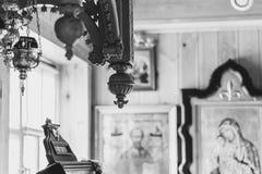 Eine Lampe in der orthodoxen Kirche Lizenzfreie Stockfotografie