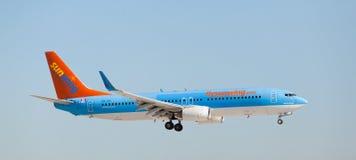 Eine Landung Sunwing Airliness Boeing 737 Stockfoto