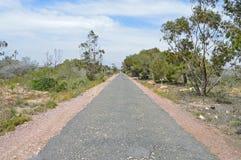 Eine lange gerade Straße Lizenzfreies Stockbild