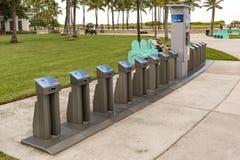 Eine leere Citi-Fahrrad-Station Stockbilder