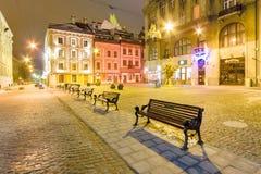 Eine leere Straßennachtstadt Lemberg ukraine Stockbild