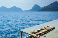Eine Leiter auf ein Boot Lizenzfreie Stockbilder