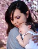 Eine Liebe des Mutter lizenzfreies stockbild