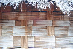 Eine lokale Bambuswandhausbeschaffenheit in Thailand und in Südostasien Stockfotos