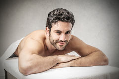 Eine Massage lizenzfreie stockfotos