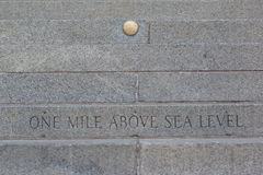 Eine Meile über Meeresspiegel stockfotos