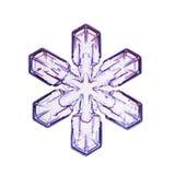 Eine mikrografische Schneeflocke (Schneekristall) im weißen Hintergrund Stockfotos