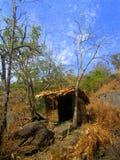 Eine mit Stroh gedeckte Hütte Stockfotos