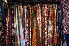 Eine Mode kleidet Batik traditionelles Foto eingelassenes Yogyakarta Indonesien stockfotos
