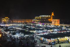 Eine Nacht im Markt von Marrakesch stockfotos