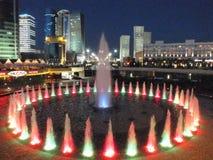Eine Nachtansicht in Astana lizenzfreie stockfotos