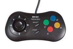 Eine Nahaufnahme des Neo-Geo Videospiel-Prüfers SNK lizenzfreie stockbilder