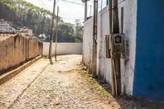 Eine normale/typische Straße in Brasilien lizenzfreie stockfotografie