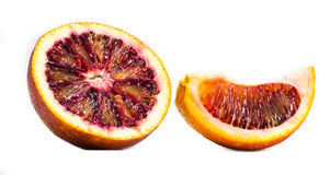 Eine Orange auf einem weißen Hintergrund Stockfoto