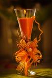 Eine orange Kerze Stockfotografie