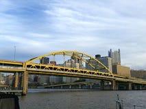 Eine Pittsburgh-Brücke Stockbilder
