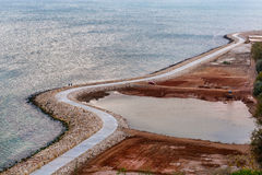 Eine Promenade, die auf dem Schwarzen Meer in Bulgarien Urlaub macht Stockfotografie