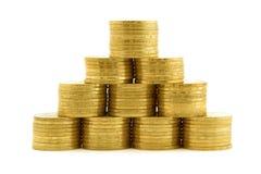 Eine Pyramide von den Münzen. getrennte 2 Stockbilder