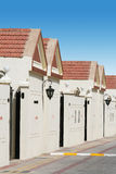 Eine Reihe der Stadthäuser Stockbilder