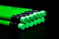 Eine Reihe des grünen Bleistifts Lizenzfreies Stockfoto