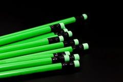 Eine Reihe des grünen Bleistifts Stockfotos