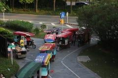 Eine Reihe von Motorradwartepassagieren in SHENZHEN Lizenzfreie Stockbilder