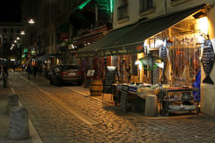 Eine Restaurantstraße in Lyon stockbild
