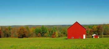 Eine rote Scheune Lizenzfreies Stockbild