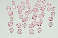 Eine Sammlung vieler rosa doppelten Kegel-Kristalle Stockbilder