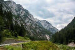 Eine schöne Ansicht der österreichischen Alpen Stockfotografie