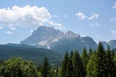 Eine schöne Ansicht der österreichischen Alpen Lizenzfreies Stockfoto