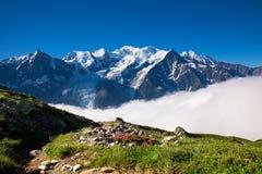 Eine schöne Ansicht der französischen Alpen lizenzfreies stockfoto