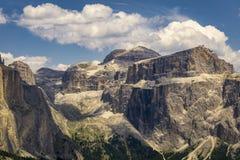 Eine schöne Ansicht der Sella-Gruppe dolomites Italien lizenzfreie stockfotos