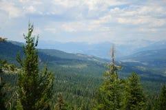 Eine schöne Ansicht des Kalifornien-Berges Lizenzfreie Stockbilder