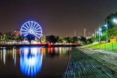 Eine schöne Ansicht von Melbourne im Stadtzentrum gelegen über dem Yarra-Fluss an Lizenzfreie Stockbilder