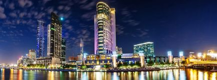 Eine schöne Ansicht von Melbourne im Stadtzentrum gelegen über dem Yarra-Fluss an Lizenzfreie Stockfotografie
