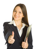 Eine schöne Geschäftsfrau, die ein Klemmbrett anhält Stockfotos