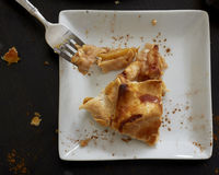 Eine Scheibe des Apfelkuchens Stockbild