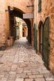 Eine schmale Straße in historischem Jaffa, Israel Lizenzfreie Stockfotografie