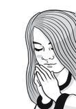 Eine Schwarzweißabbildung eines jungen Mädchens mit ihren Händen faltete das Sagen ihrer Gebete stock abbildung