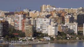 Eine sonnige Ansicht von Alicante-Küste stock footage