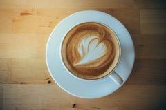 Eine späte Kunst des Tasse Kaffees Stockfotografie