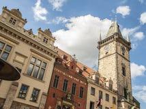 Eine Spitze von alten Rathaus gelegen im alten Marktplatz, Prag, L Stockfotografie