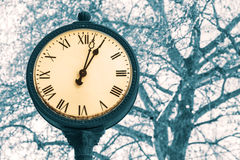Im altem Stil Uhr Lizenzfreies Stockbild