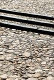 Eine Steinpflasterung mit drei Schritten, Detail Stockfoto