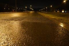 Eine Straße in der Nacht Lizenzfreies Stockbild