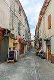Eine Straße im französischen Dorf Murviel-les-Beziers Stockfotografie